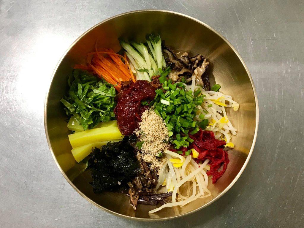 Il Bibimbap, uno dei piatti tipici coreani